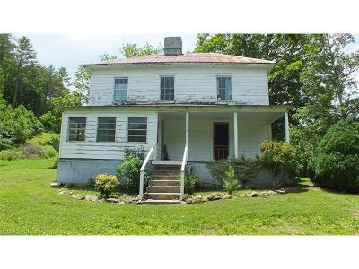 Hot Springs Single Family Home For Sale: 145 Gorenflo Gap Road