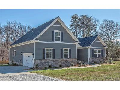 Mooresville Single Family Home For Sale: 104 Millhouse Road #1