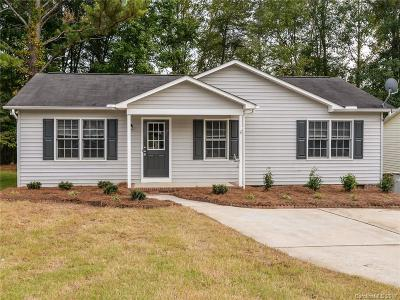 Concord NC Single Family Home For Sale: $135,000