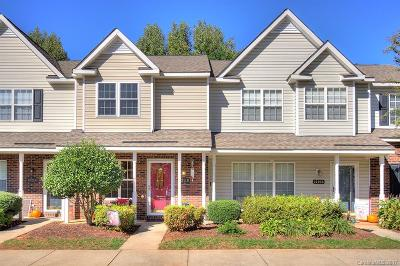 Condo/Townhouse Under Contract-Show: 12110 Bottlebrush Place #1403