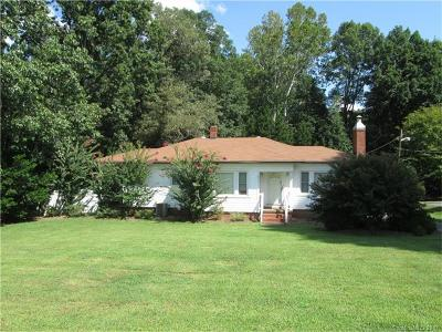Kannapolis Single Family Home For Sale: 3070 N Cannon Boulevard