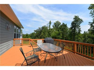 Davidson Single Family Home For Sale: 19010 Cypress Garden Drive