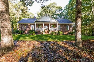Stanfield Single Family Home For Sale: 7021 Strawberry Lane