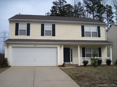 Mount Holly Single Family Home For Sale: 128 Wood Hollow Court