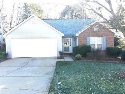 Charlotte Single Family Home For Sale: 9116 Royal Highlands Court