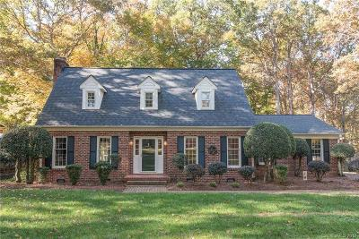 Matthews Single Family Home Under Contract-Show: 1010 Reverdy Lane