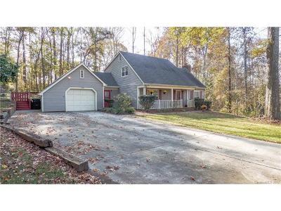 Charlotte Single Family Home For Sale: 8305 Stallion Court