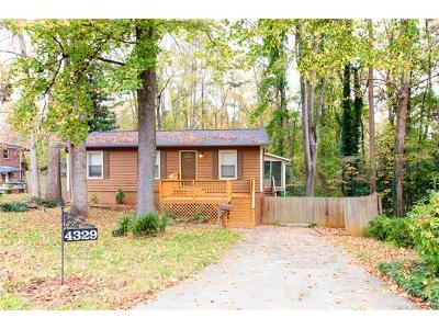 Charlotte Single Family Home For Sale: 4329 Ruskin Drive