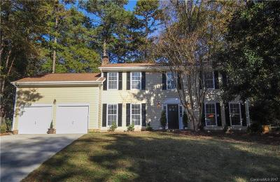 Charlotte Single Family Home For Sale: 6905 Pin Oak Court