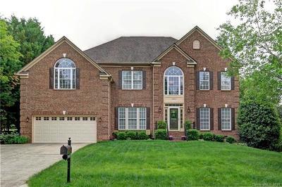 Huntersville Single Family Home For Sale: 15834 Woodcote Drive