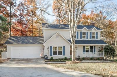 Single Family Home Under Contract-Show: 2310 Wineberry Court