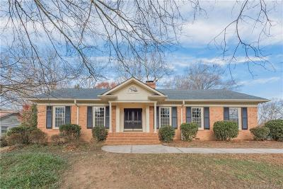 Stonehaven, new stonehaven Single Family Home Under Contract-Show: 7020 Burlwood Road