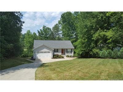 Denver Single Family Home For Sale: 4730 Lazy Lane