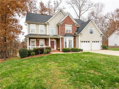Mint Hill Single Family Home For Sale: 6121 Crown Hill Drive