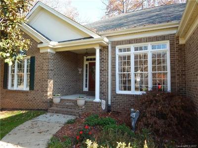 Mooresville Single Family Home For Sale: 160 Fernbrook Drive