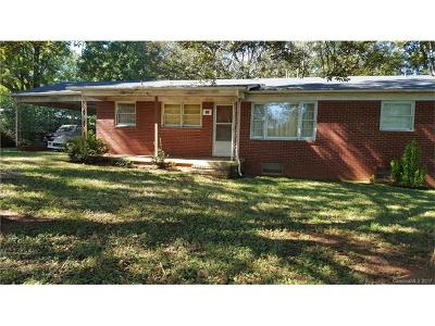 Statesville Single Family Home For Sale: 393 Turnersburg Highway