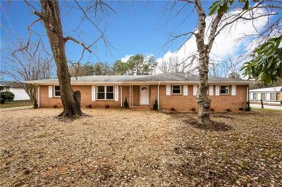 Single Family Home For Sale: 12000 Idlewild Road