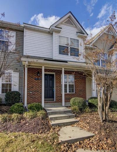Mooresville Condo/Townhouse Under Contract-Show: 130 Mangum Circle #L214