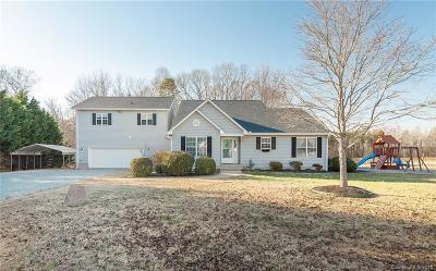 Mooresville Single Family Home For Sale: 697 Shinnville Road #2