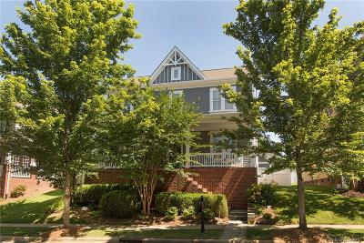 Huntersville Single Family Home For Sale: 15612 Waterfront Drive