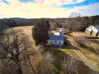 Stanly County Single Family Home For Sale: 1833 Mountain Creek Road