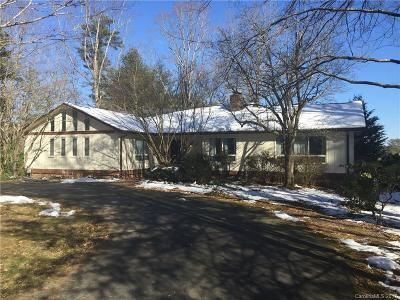 Hendersonville Single Family Home Under Contract-Show: 106 Hudson Drive