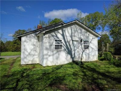Single Family Home Under Contract-Show: 420 Hall Street