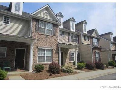 Charlotte Condo/Townhouse For Sale: 8645 Wandering Creek Lane