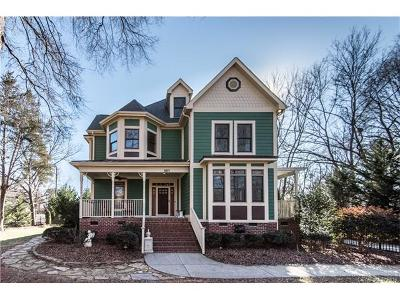 Matthews Single Family Home For Sale: 301 S Freemont Street