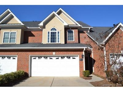 Single Family Home For Sale: 307 Shinnecock Lane