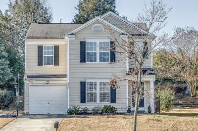 Single Family Home Under Contract-Show: 9922 Orchard Grass Court