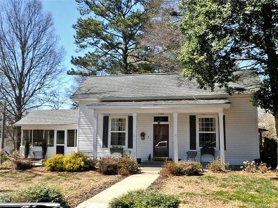 Davidson Single Family Home Under Contract-Show: 244 South Street