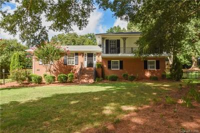 Charlotte Single Family Home For Sale: 728 Wingrave Drive
