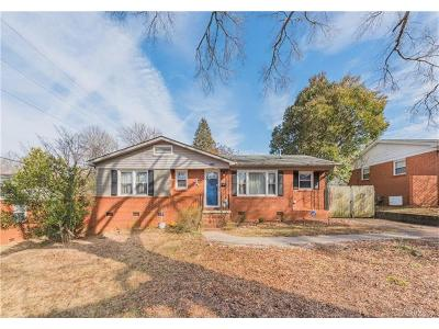 Charlotte Single Family Home For Sale: 1813 Sandhurst Drive