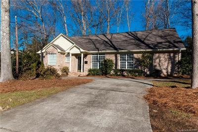 Single Family Home Under Contract-Show: 4917 Zephyr Lane
