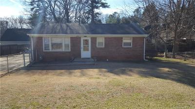 Single Family Home Under Contract-Show: 2119 Powerline Drive