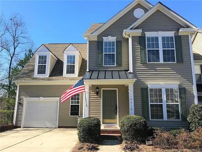 Huntersville Condo/Townhouse For Sale: 14418 Greenpoint Lane
