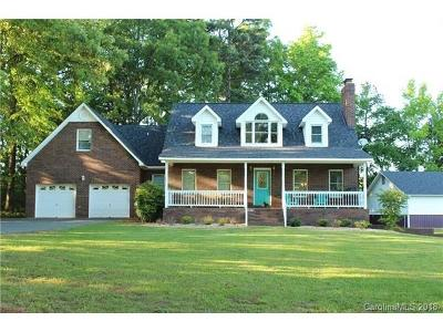 Huntersville Single Family Home For Sale: 10201 Hambright Road