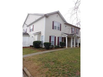Charlotte Condo/Townhouse For Sale: 13619 Pinyon Pine Lane