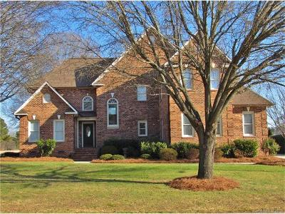 Concord Single Family Home For Sale: 1539 12th Fairway Drive