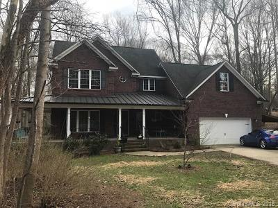 Mooresville Single Family Home For Sale: 615 Millswood Drive #18