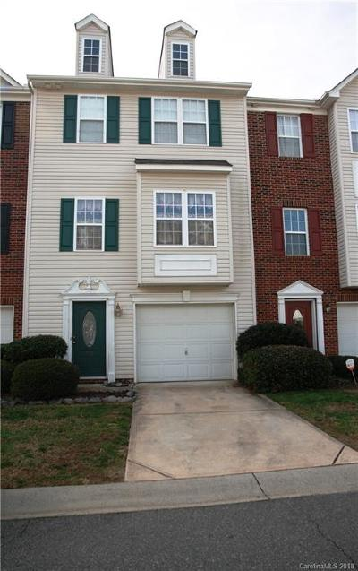 Mount Holly Condo/Townhouse For Sale: 313 Rock Ridge Lane #39