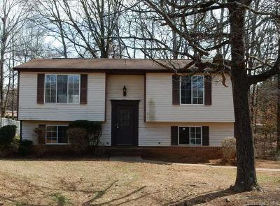 Charlotte Single Family Home For Sale: 4712 Cheviot Road