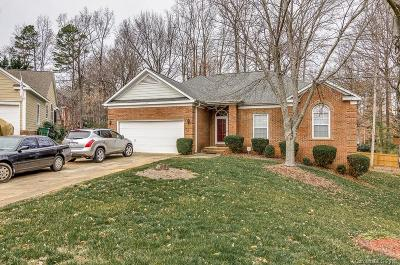 Charlotte Single Family Home For Sale: 1109 Saddle Oak Court
