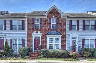Charlotte Condo/Townhouse For Sale: 11018 Garden Oaks Lane