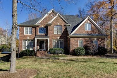 Huntersville Single Family Home For Sale: 15838 Doyers Drive