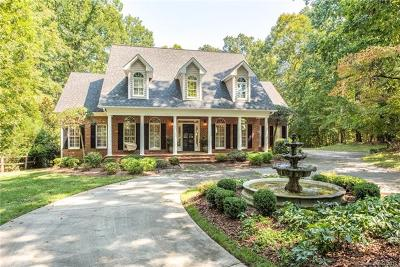 Charlotte Single Family Home For Sale: 8820 Alpine Circle