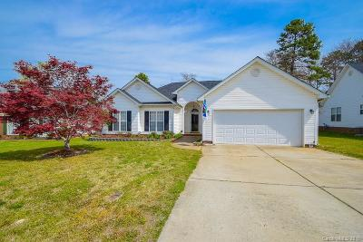 Single Family Home Under Contract-Show: 3008 Hemby Commons Parkway