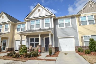 Condo/Townhouse Under Contract-Show: 4706 Tradd Circle