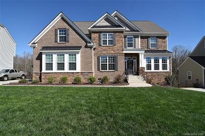 Davidson Single Family Home For Sale: 2072 Topaz Plaza